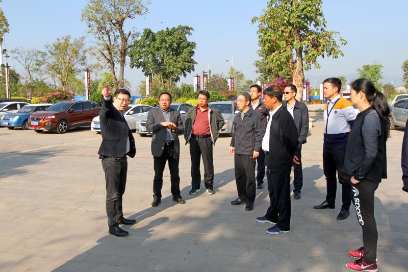 云南省副省长陈舜一行到普洱茶马古城旅游小镇调研指导工作
